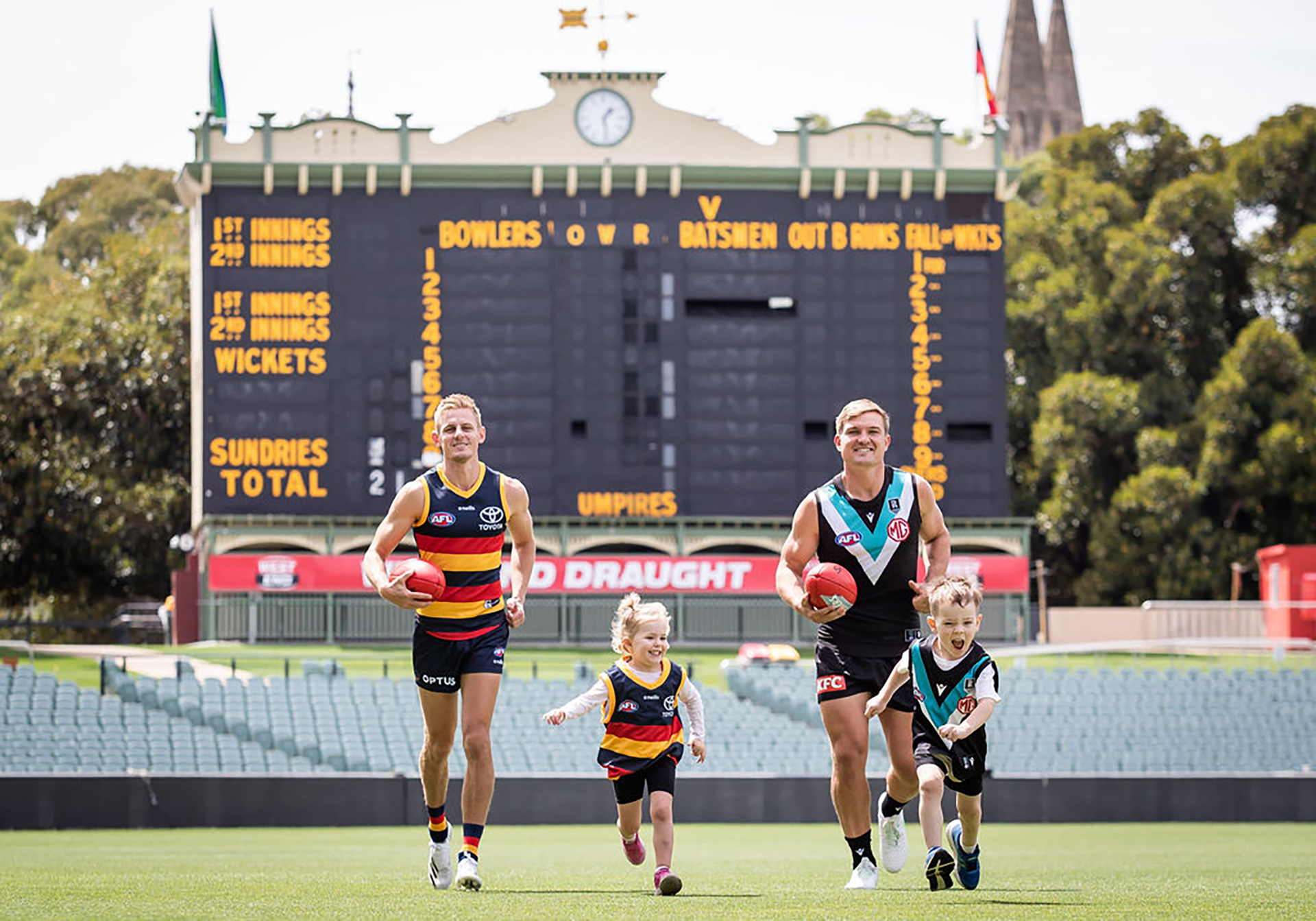 Fans, cheer loud! Footy at Adelaide Oval is back in a big way